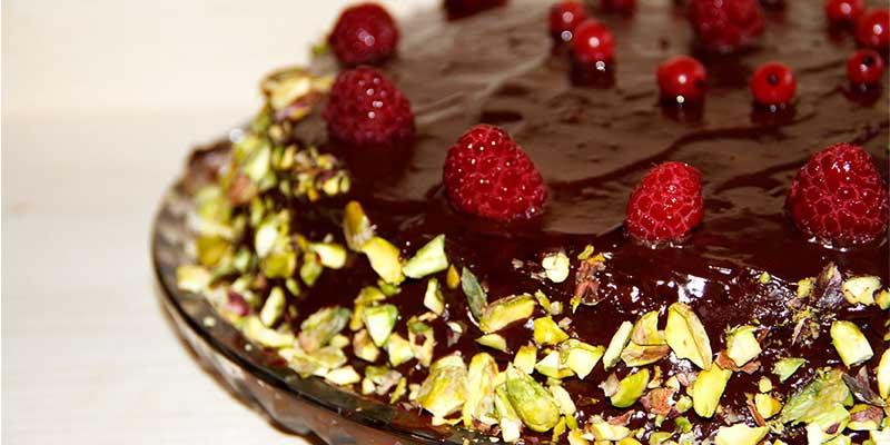 tort de ciocolata fara gluten cu fistic