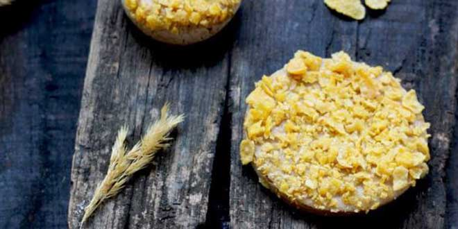 Biscuiti fara gluten cu sirop de muguri de brad si fulgi de porumb