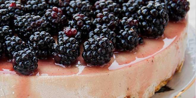 Cheesecake fara gluten cu mure