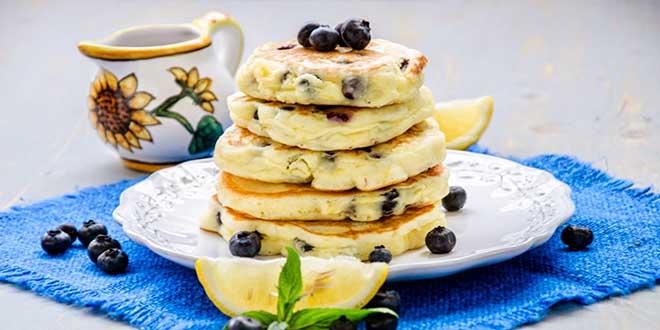 Pancakes cu lămâie și afine (fără gluten)
