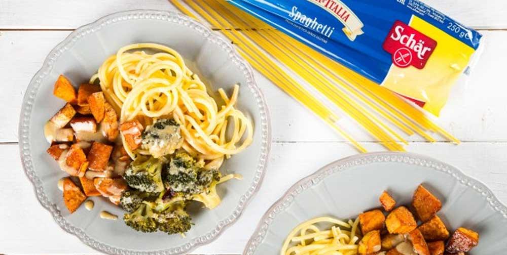 Spaghete fara gluten cu broccoli, cartof dulce si tahini