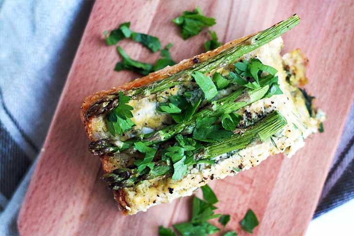 quiche cu asparagus reteta