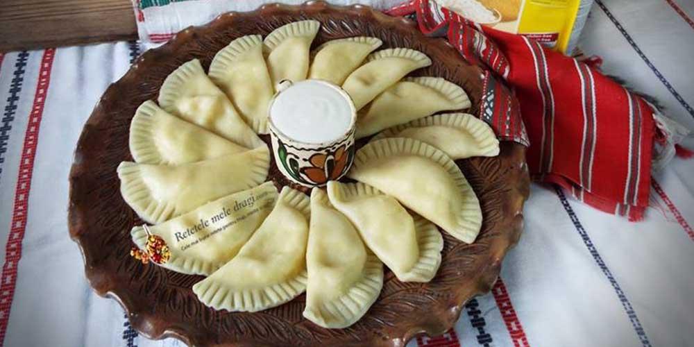4-Coltunasi-fara-gluten-cu-branza-si-smantana