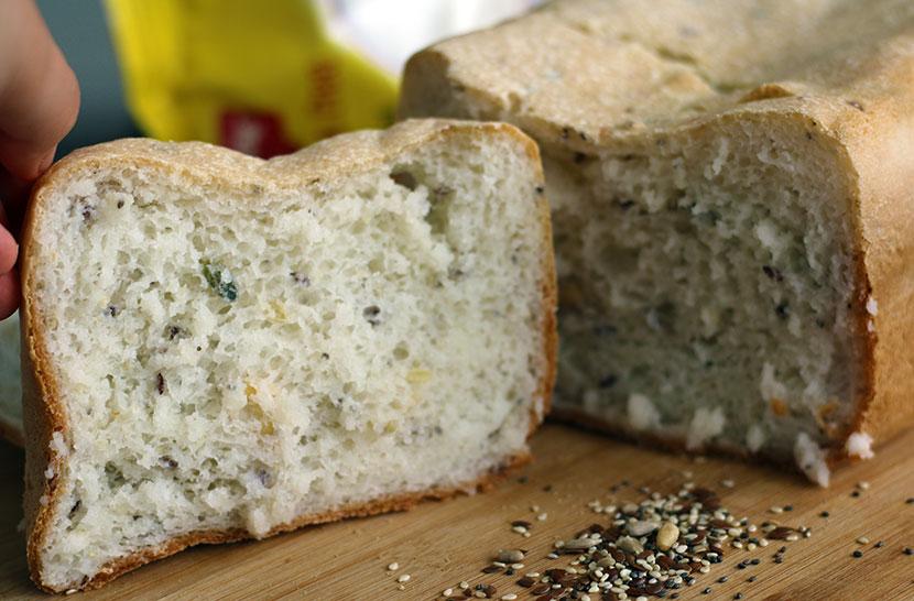 Reteta de paine fara gluten alba cu seminte FELIE