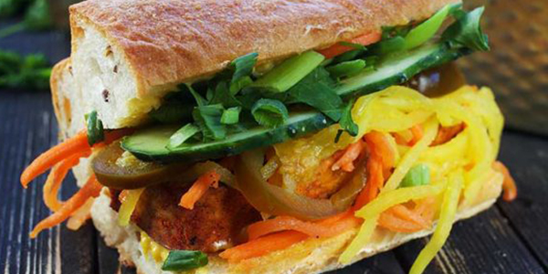 Sandvis vietnamez cu tofu